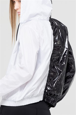 B&W light hooded raincoat